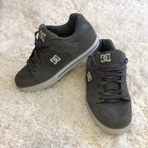Men's DC shoes